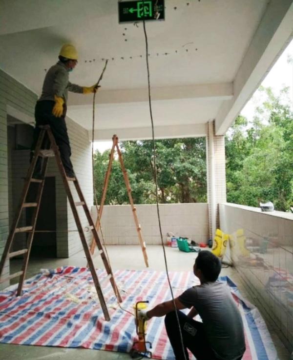 阳台防水补漏